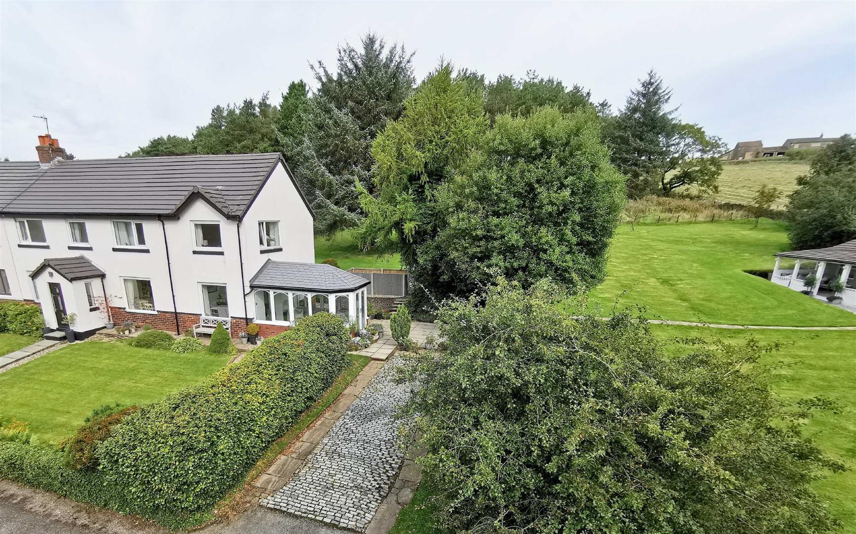 4 Bedroom Semi Detached Cottage For Sale - Image 53